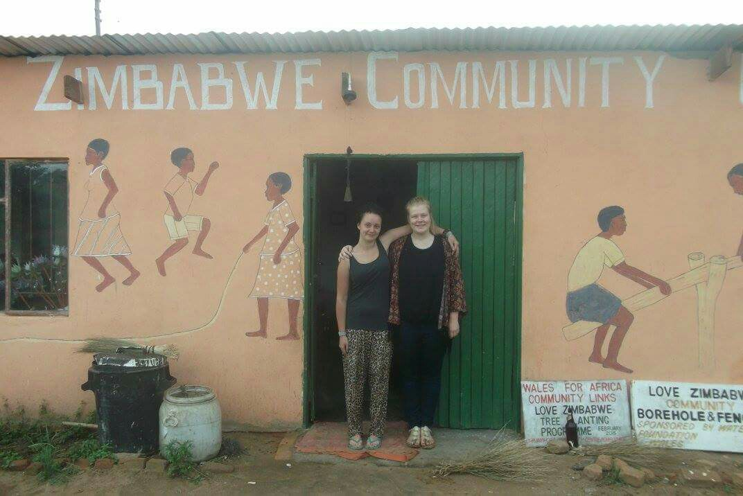UWTSD Anthropology students in Zimbabwe