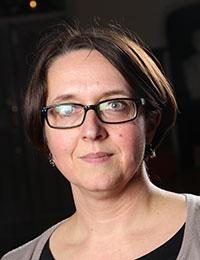 Dr Katharina Zinn