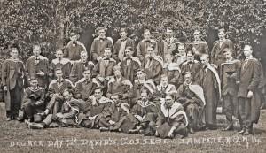 Graduates on Degree Day, 1914.